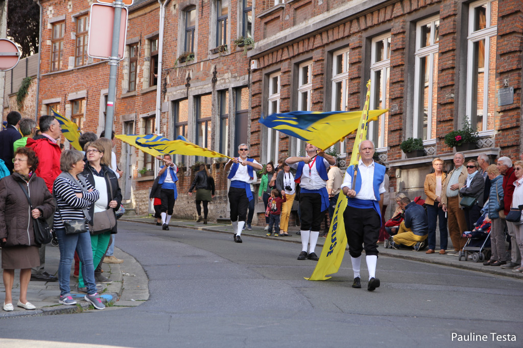 Les Lanceurs de drapeaux - de Ijsezwaaiers van Overijse